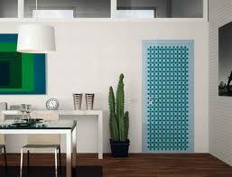 Испанска врата, модерен стил