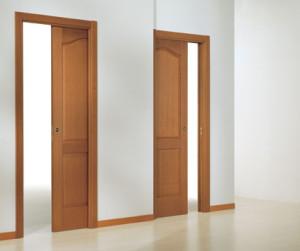 плъзгаща врата, вградена в стена