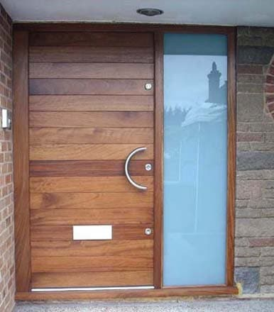 двукрила входна врата - масив и стъкло