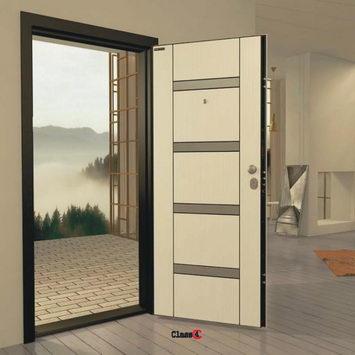 монтирана входна врата